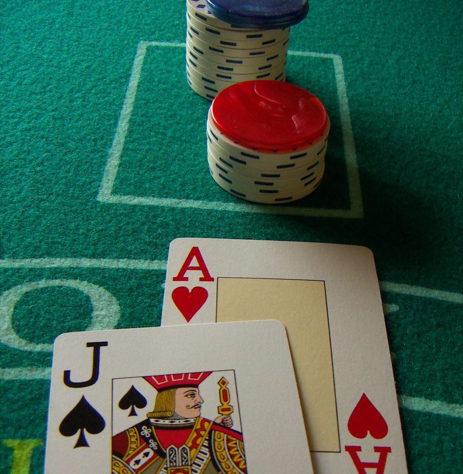 Blackjack : que faire pour être gagnant ?